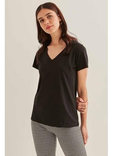 Vitrin VİTRİN V Yaka Kısa Kol Pamuk T-Shirt Siyah